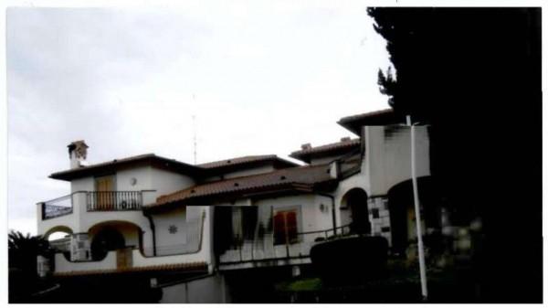 Villa in vendita a Frascati, 514 mq