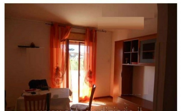 Appartamento in vendita a Nettuno, 55 mq