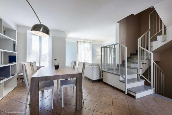 Villetta a schiera in vendita a Corbetta, Corbetta, Con giardino, 260 mq