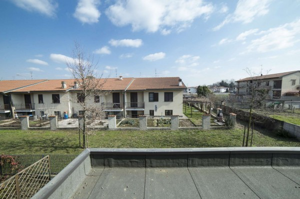 Villetta a schiera in vendita a Corbetta, Corbetta, Con giardino, 205 mq - Foto 17