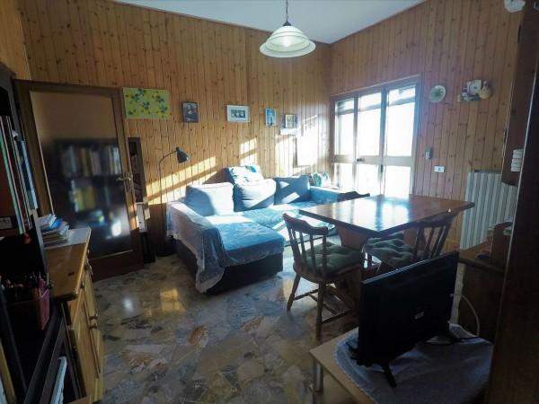 Appartamento in vendita a Campi Bisenzio, Capalle, 90 mq