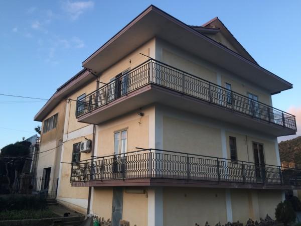 Casa indipendente in vendita a Ogliastro Cilento, Finocchito, Con giardino, 450 mq - Foto 1