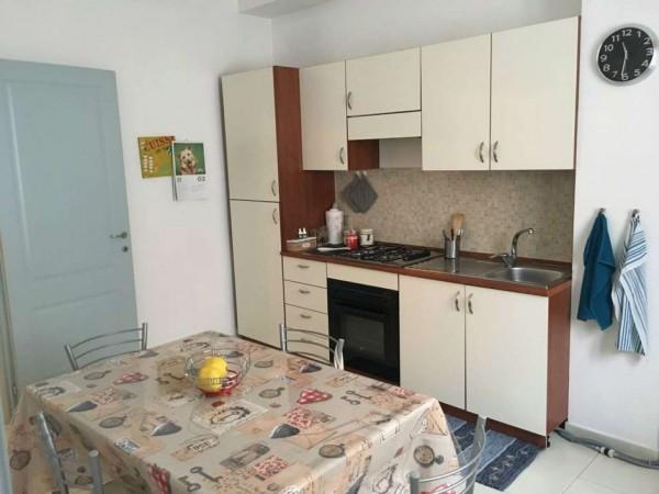 Appartamento in vendita a Alessandria, Piazza Genova, 70 mq