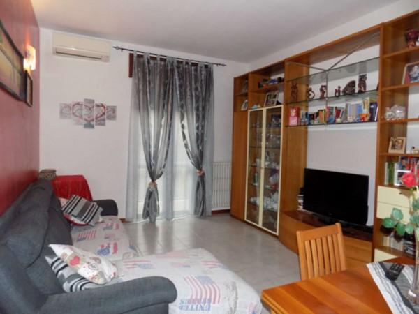 Appartamento in vendita a Senago, Centrale, 74 mq
