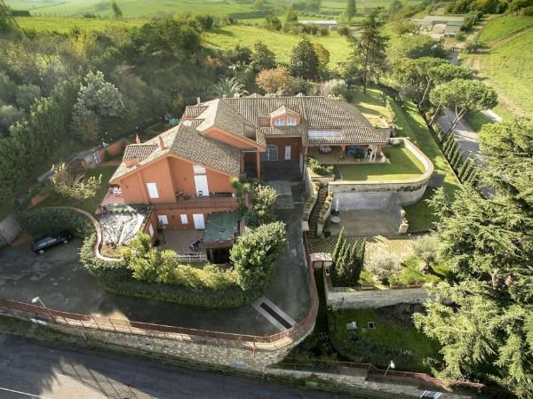 Villa in vendita a Roma, Castel Di Leva, Con giardino, 340 mq