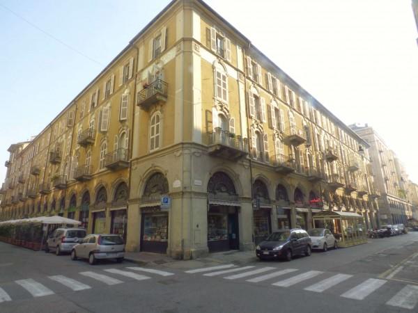 Appartamento in vendita a Torino, Con giardino, 130 mq - Foto 1