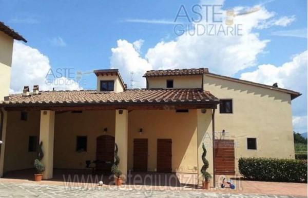 Rustico/Casale in vendita a Campi Bisenzio, Con giardino, 500 mq