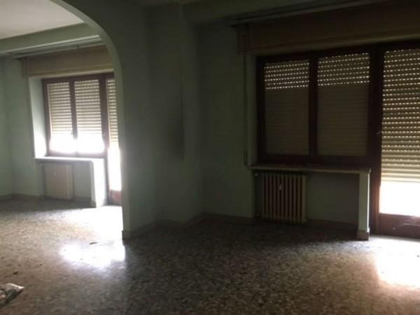 Appartamento in vendita a Alessandria, Centro, 170 mq