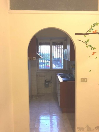 Appartamento in vendita a Roma, Quadraro, 38 mq