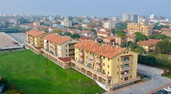 Appartamento in vendita a Gatteo, Con giardino, 70 mq
