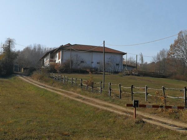 Rustico/Casale in vendita a Asti, Valmanera, Con giardino, 317 mq