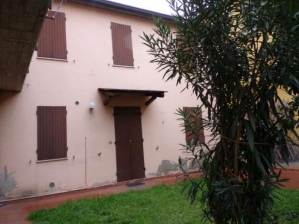 Casa indipendente in vendita a Forlì, Porta Schiavonia, Con giardino, 85 mq
