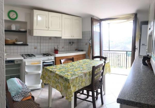Casa indipendente in vendita a Carro, Centro Storico, Con giardino, 135 mq - Foto 10