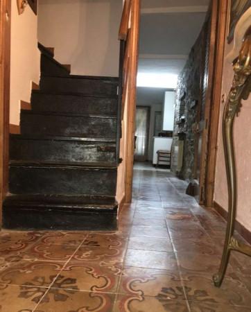 Casa indipendente in vendita a Carro, Centro Storico, Con giardino, 135 mq