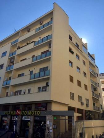 Appartamento in vendita a Roma, Piazza Bologna, 72 mq