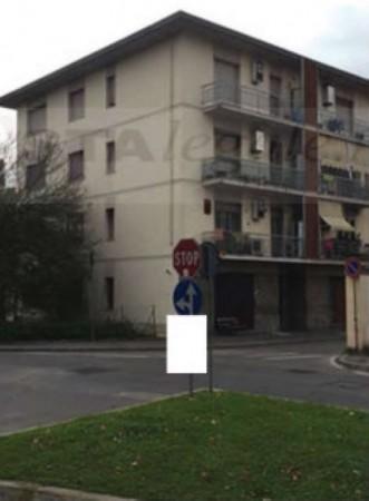 Appartamento in vendita a Campi Bisenzio, 59 mq