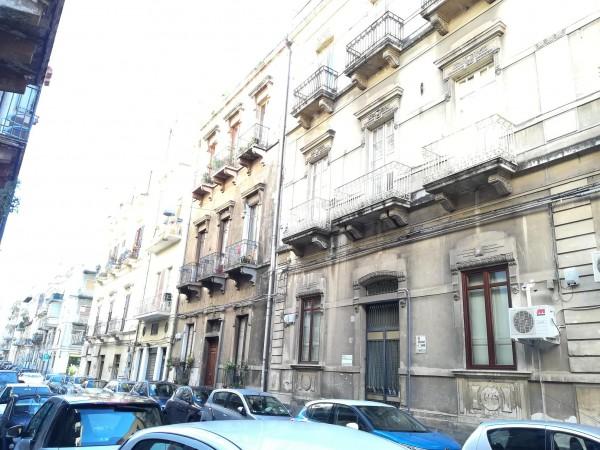 Appartamento in vendita a Catania, Centro, 110 mq
