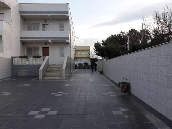 Villa in vendita a Bari, San Giorgio Zona Porticello, 270 mq