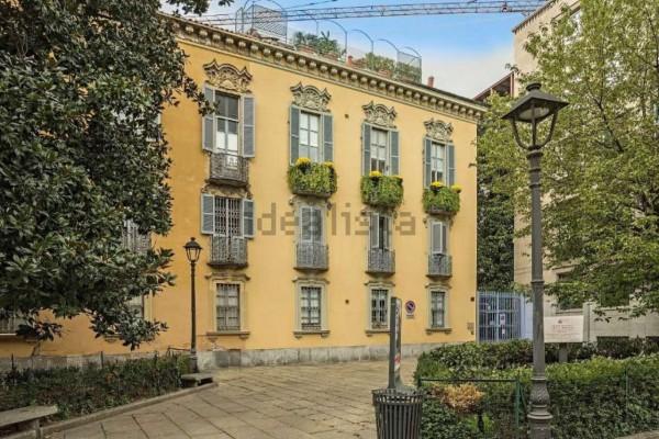 Appartamento in vendita a Milano, Brera, Con giardino, 140 mq