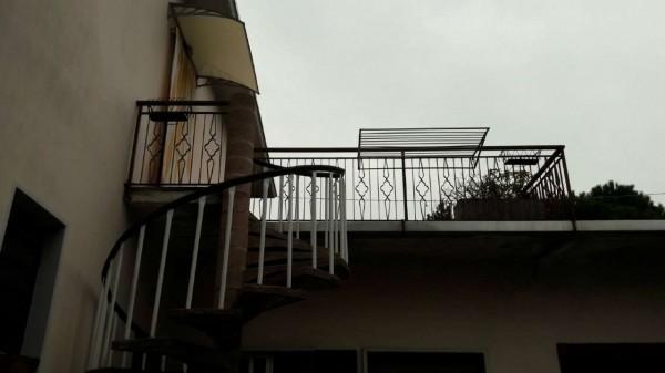 Casa indipendente in vendita a Samarate, Con giardino, 250 mq - Foto 18