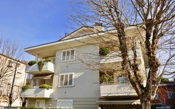 Appartamento in vendita a Cesenatico, Centrale, Con giardino, 75 mq