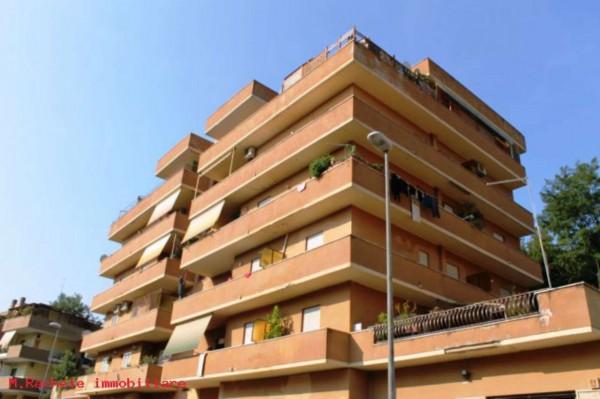 Appartamento in vendita a Roma, Palmarola, 45 mq