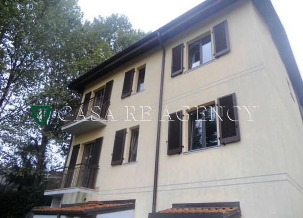 Casa indipendente in vendita a Induno Olona, Con giardino, 235 mq
