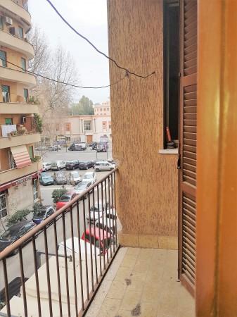 Bilocale in vendita a Roma, Appio Latino, 55 mq
