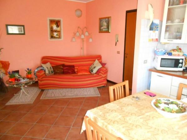 Appartamento in vendita a Melegnano, Residenziale, Con giardino, 90 mq