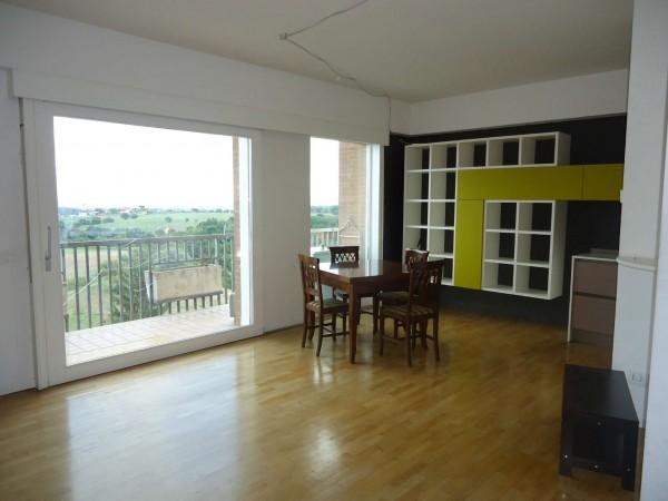 Appartamento in vendita a Roma, Ottavia, Con giardino, 75 mq