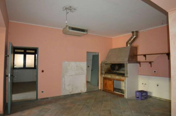 Locale Commerciale  in affitto a Orbassano, Centro Orbassano, Con giardino, 120 mq - Foto 7