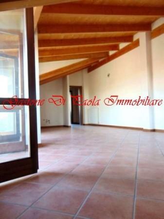 Appartamento in vendita a Uboldo, Con giardino, 75 mq - Foto 1