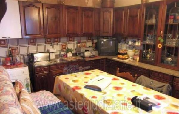 Casa indipendente in vendita a Campi Bisenzio, San Martino, 64 mq