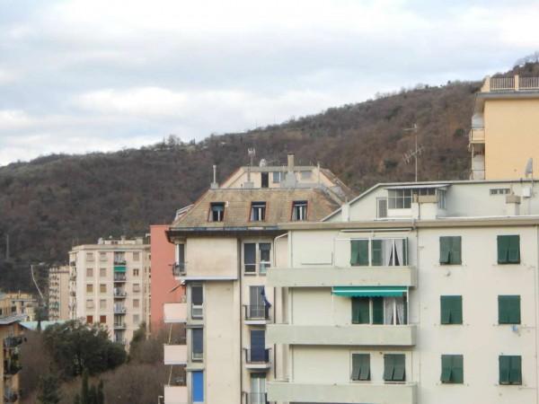 Appartamento in vendita a Genova, Adiacenze Via Emilia, 96 mq - Foto 2