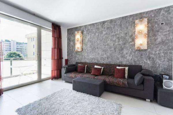 Appartamento in affitto a Milano, Palazzo Della Regione, Arredato, con giardino, 145 mq