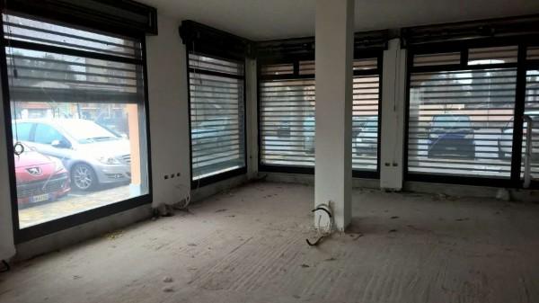 Negozio in affitto a Sedriano, Semi-centrale, 75 mq