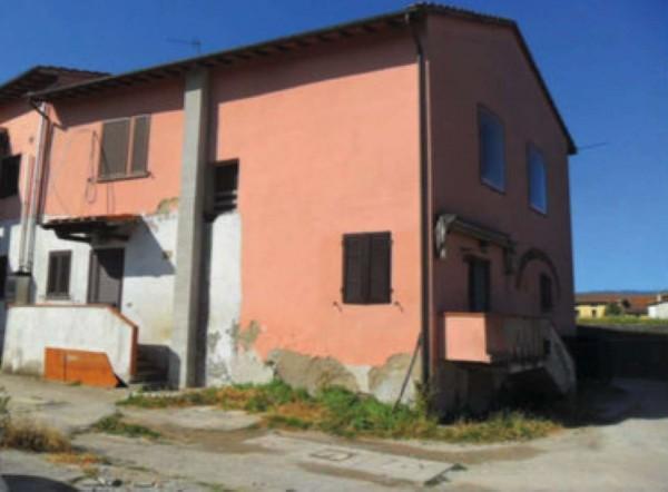 Casa indipendente in vendita a Prato, Con giardino, 155 mq