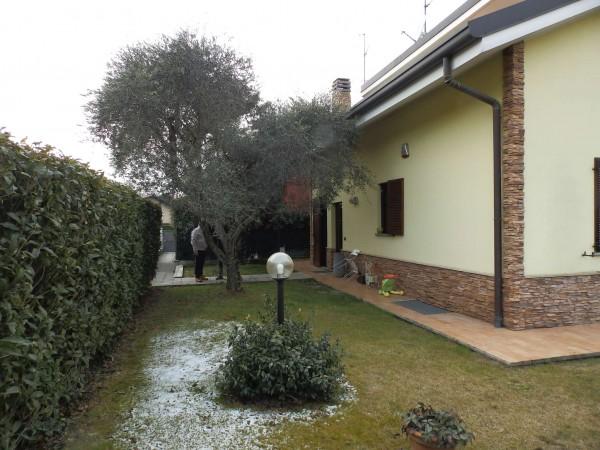 Villa in vendita a Inverigo, Con giardino, 287 mq - Foto 17