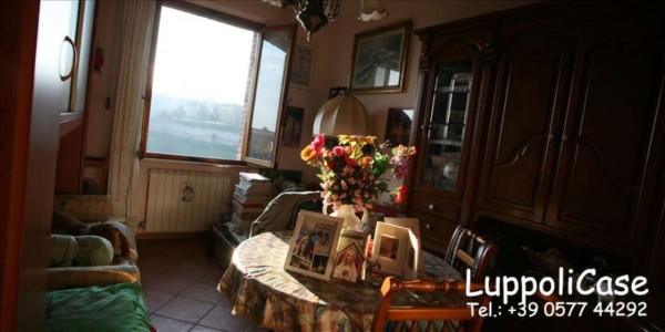 Appartamento in vendita a Siena, 70 mq - Foto 1
