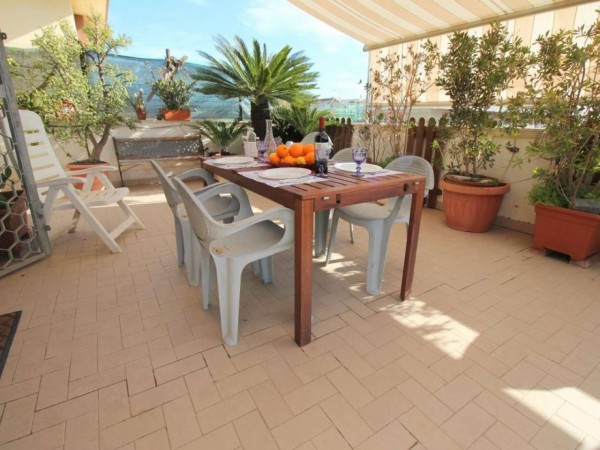 Appartamento in vendita a Roma, Ostia, 80 mq - Foto 2