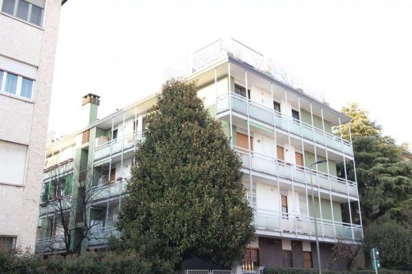 Appartamento in vendita a Milano, Lotto, Con giardino, 70 mq