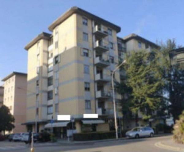 Appartamento in vendita a Prato, 122 mq