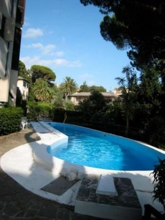 Appartamento in vendita a Rapallo, Grand'hotel Bristol, Con giardino, 77 mq - Foto 1