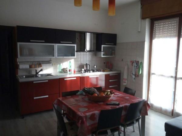 Appartamento in affitto a Corbetta, Zona Pompieri, 80 mq