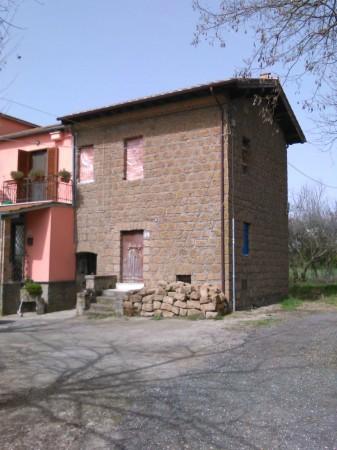 Casa indipendente in vendita a Vetralla, 75 mq