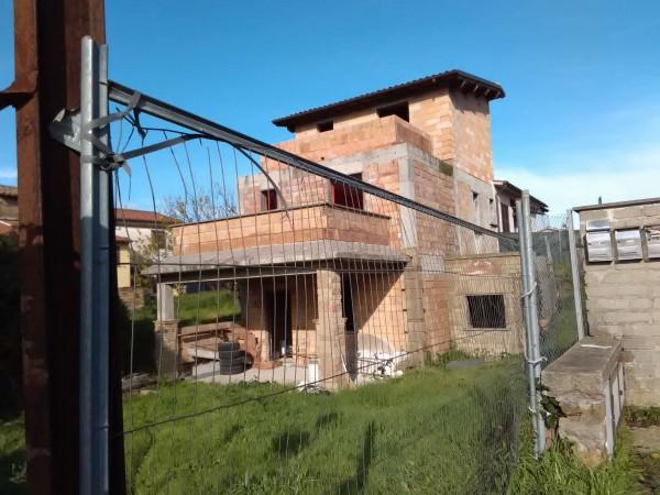 Casa indipendente in vendita a Vetralla, Con giardino, 100 mq