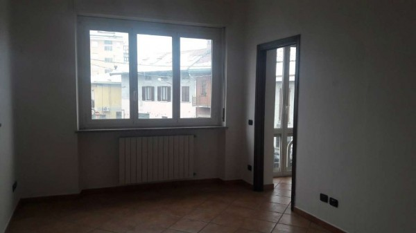 Appartamento in vendita a Samarate, 130 mq - Foto 3