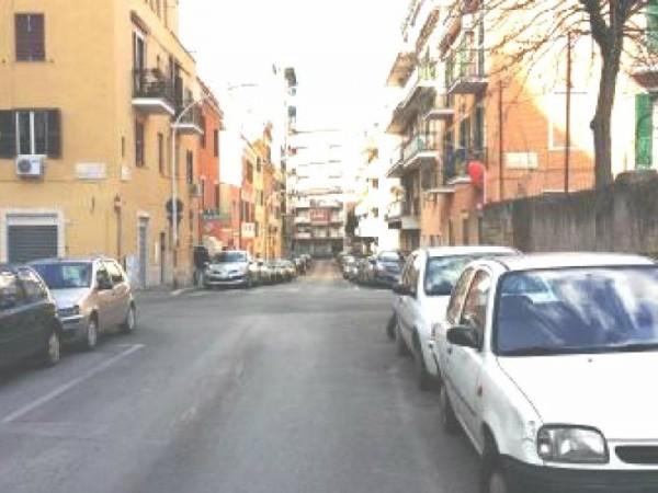 Appartamento in vendita a Roma, 45 mq