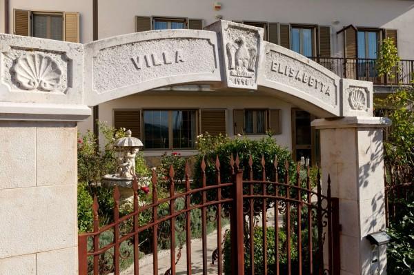 Casa indipendente in vendita a Roseto Valfortore, Residenziale, Arredato, con giardino, 750 mq