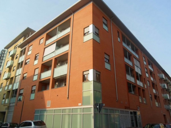 Appartamento in vendita a Torino, Borgo Vittoria, Con giardino, 53 mq